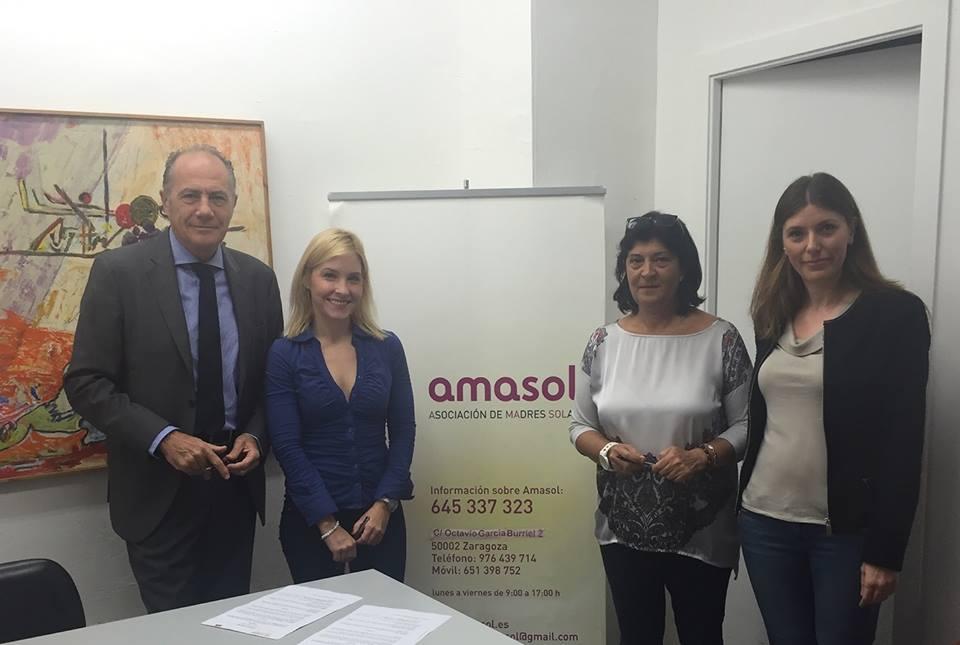 Combi Catering y Amasol firman un convenio para la inserción de familias monomarentales