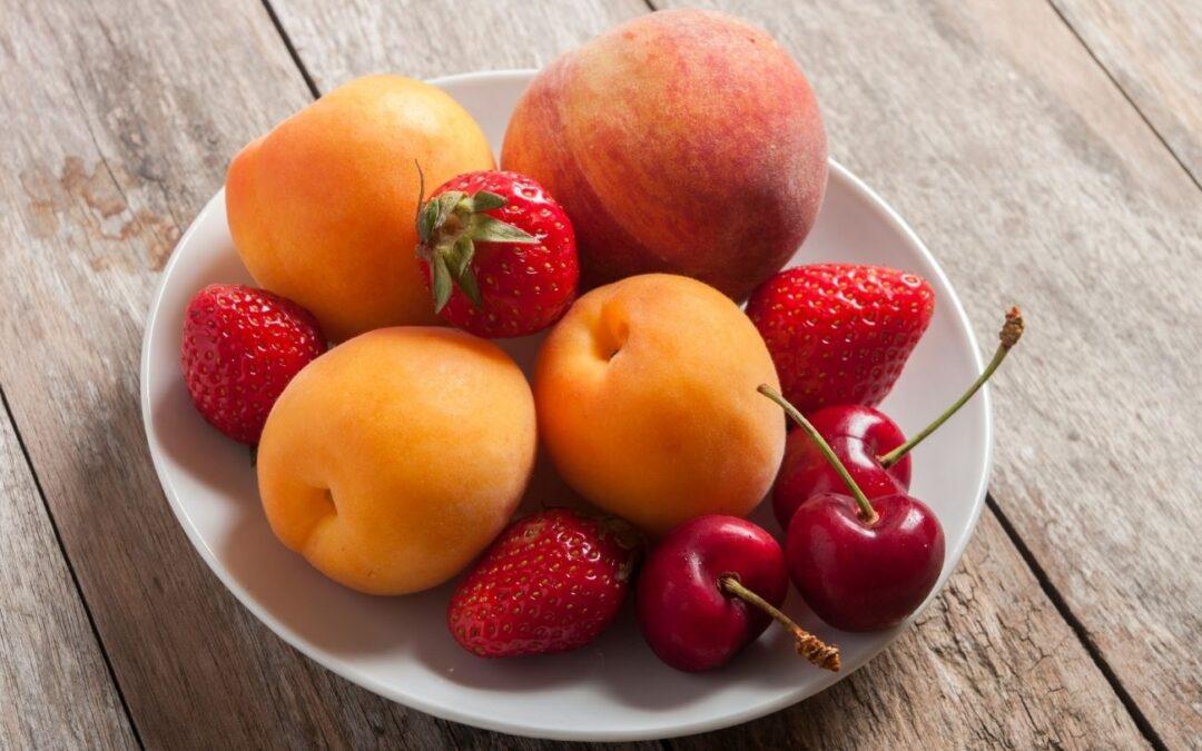 Frutas del mes de junio: ricas, saludables, y refrescantes