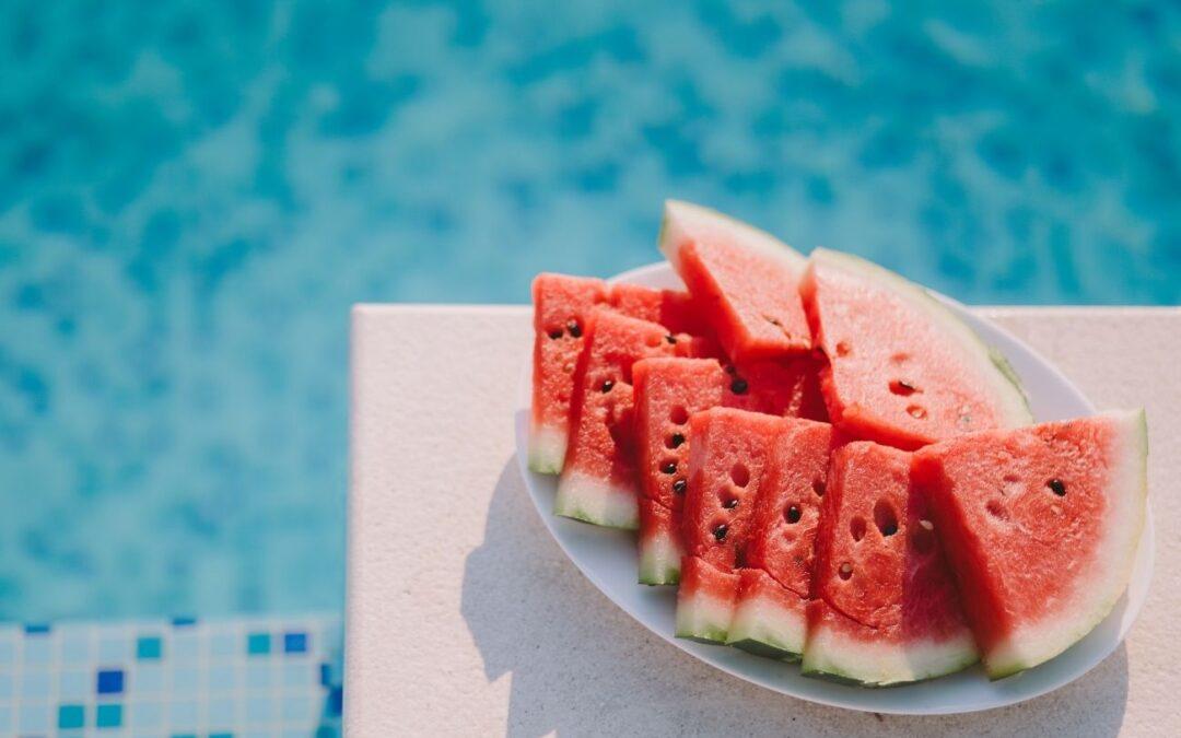15 alimentos ricos y sanos que no pueden faltar en tu dieta este verano